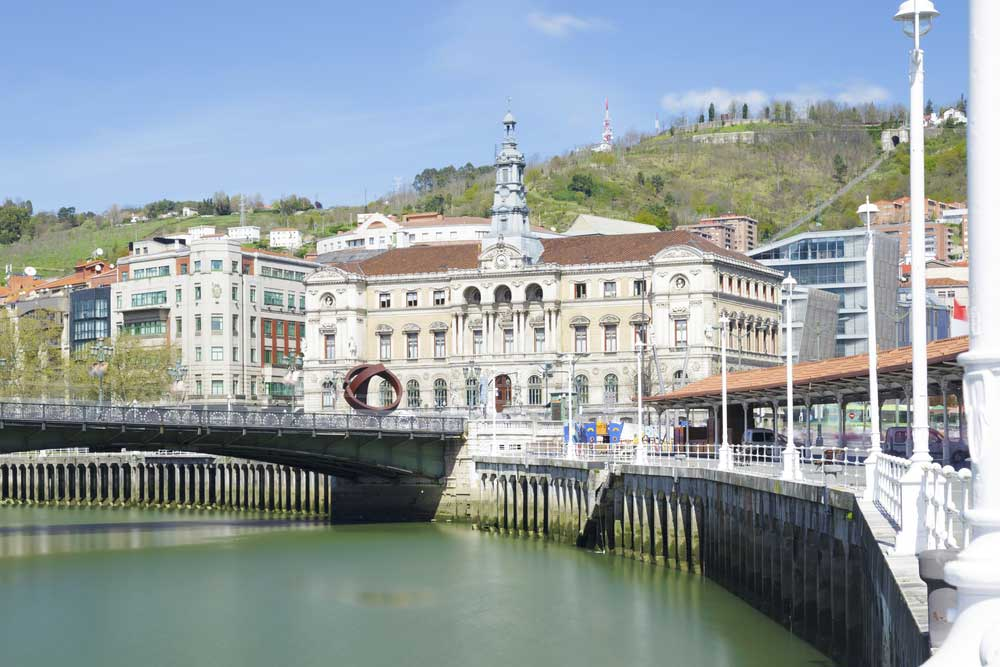 Ayuntamiento de Bilbao - Visitas Guiadas Sevilleventours