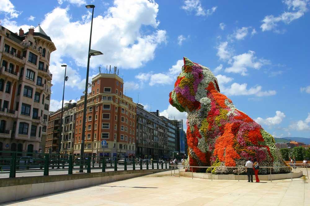Puppy de Bilbao - Visitas Guiadas Sevilleventours